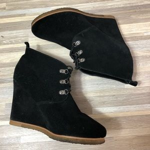 Steve Madden | Black Suede Laced Booties 10M